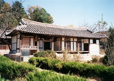 Gwapilheon house.jpg